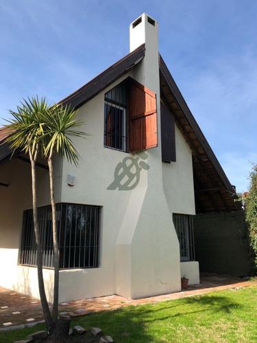 casa de dos dormitorios en venta en parque miramar - ref: 2640
