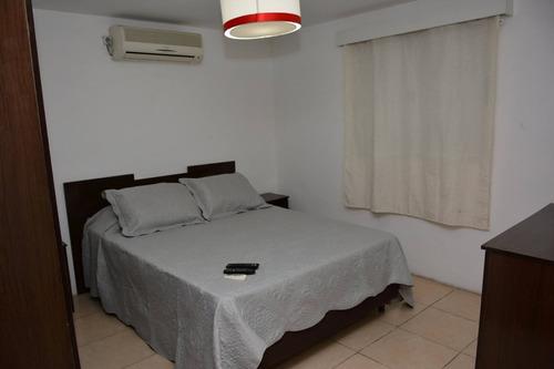 casa de dos dormitorios para cuatro personas