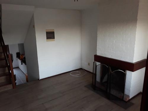 casa dueño vende 5 amb, 3 baños, barbacoa, garage, cochera