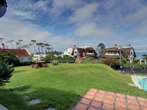 casa en alquiler anual - alquiler temporada en pinares - punta del este, a una cuadra del mar.