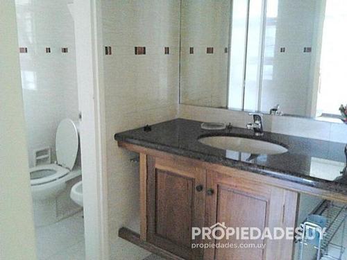 casa en alquiler de 4 dormitorios y dep. servicio - 4 baños en punta del este