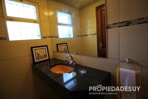 casa en alquiler de 5 dormitorios y dep. servicio - 5 baños en punta del este