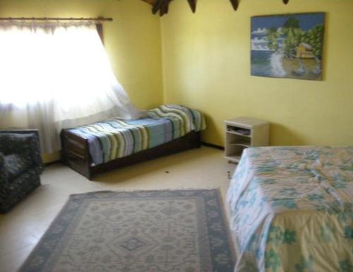 casa en alquiler por temporada de 3 dormitorios en las grutas