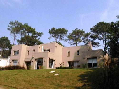 casa en alquiler ref: 1438