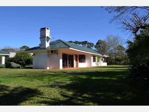 casa en alquiler ref: 1908