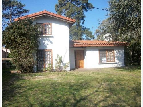 casa en alquiler ref: 2010