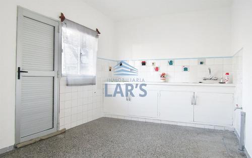 casa en alquiler / tres cruces - inmobiliaria lar's