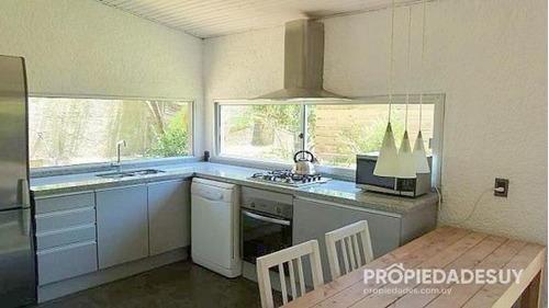 casa en alquiler y venta de 3 dormitorios - 3 baños en manantiales