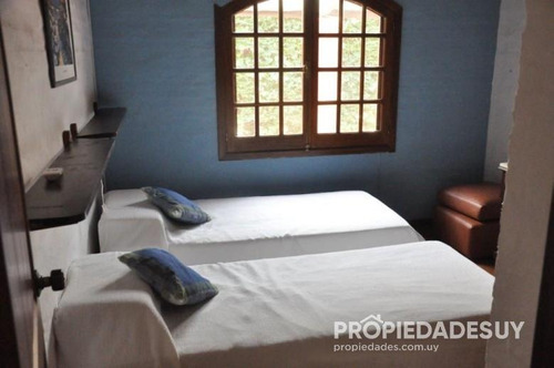 casa en alquiler y venta de 3 dormitorios y dep. servicio - 4 baños en punta del este