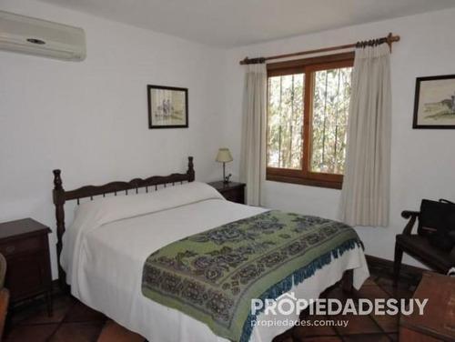 casa en alquiler y venta de 4 dormitorios - 3 baños en punta del este