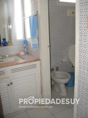 casa en alquiler y venta de 4 dormitorios y dep. servicio - 3 baños en punta del este