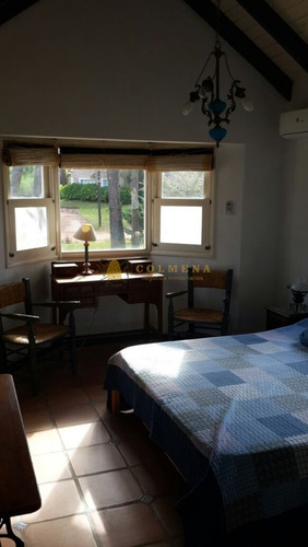 casa en barrio privado de 3 dormitorios mas casa de huespedes. - ref: 1244