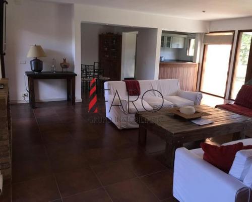 casa en jardines de córdoba 4 dormitorios piscina - ref: 34573