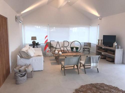 casa en josé ignacio 5 dormitorios y dependencia con piscina y parrillero - ref: 35962