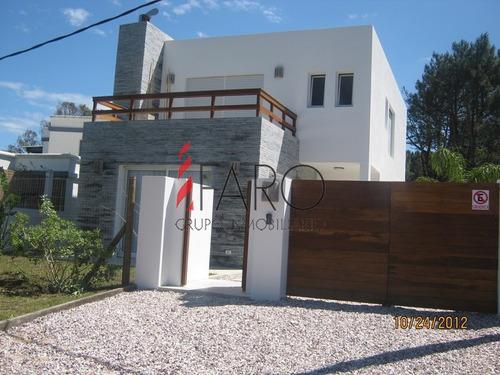 casa en la barra 4 dormitorios con parrillero - ref: 33258