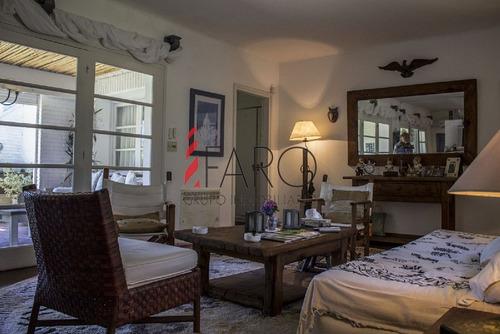 casa en la península 5 dormitorios con azotea, parrillero, piscina y garage - ref: 32859