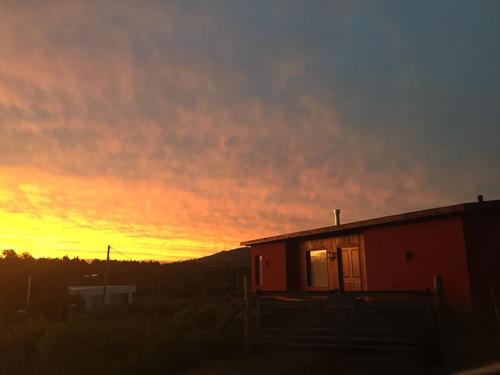 casa en punta colorada con vista a los cerros. paz total!