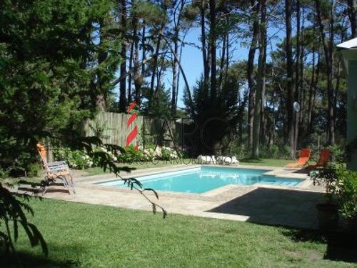 casa en rincón del indio 3 dormitorios con piscina - ref: 32564