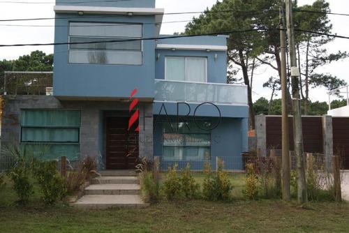 casa en rincón del indio 4 dormitorios con piscina - ref: 35810