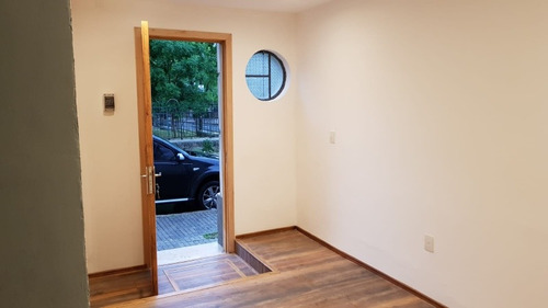 casa en venta 2 dormitorios. hermoso reciclaje!!