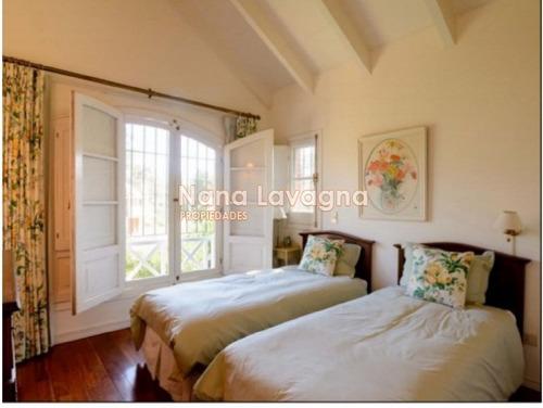 casa en venta, brava, punta del este, 4 dormitorios. - ref: 210038