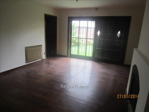 casa en venta con renta de 3 dormitorios carrasco