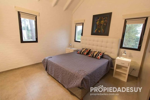 casa en venta de 2 dormitorios - 3 baños en punta del este