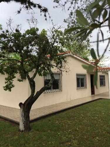 casa en venta,  espectacular lugar en los arrayanes