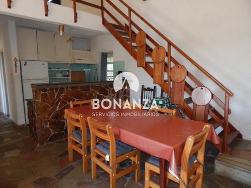 casa en venta, piriápolis, centro 400 metros de la playa