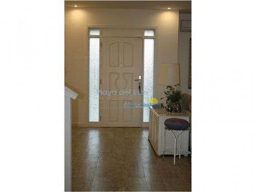 casa en venta ref: 10496