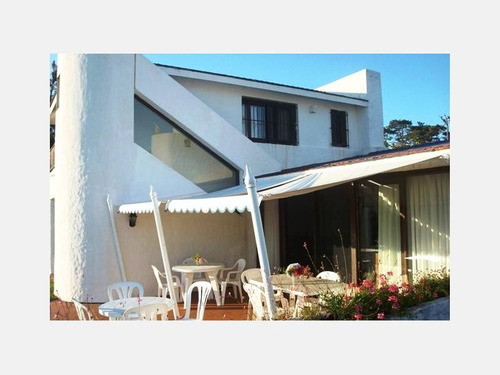 casa en venta ref: 1444