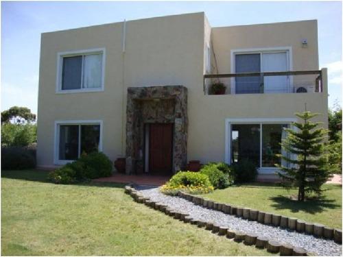 casa en venta ref: 1932