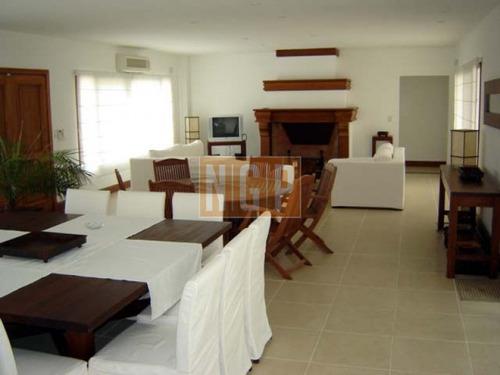casa en venta ref: 20109