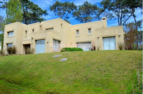 casa en venta y alquiler, laguna blanca, la barra, 3 dormitorios. - ref: 208117