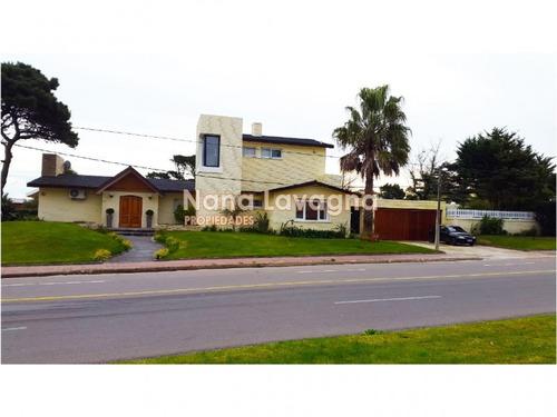 casa en venta y alquiler, mansa, punta del este, 5 dormitorios. - ref: 209308