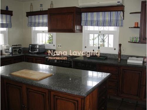 casa en venta y alquiler, rincón del indio, punta del este, 7 dormitorios. - ref: 205737