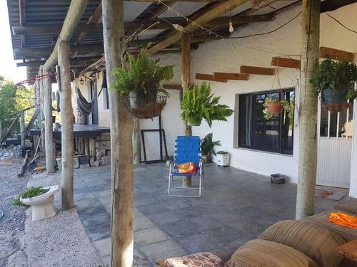 casa estilo campo 2 dormitorios sobre terreno de 1070 m2