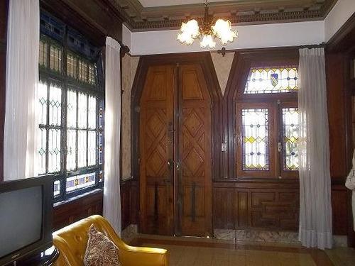 casa excelente estado , ideal para empresa