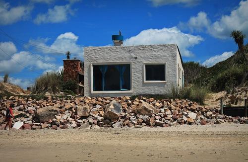 casa frente al mar en aguas dulces