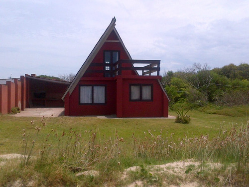 casa frente al mar parada 13 barra uruguaya