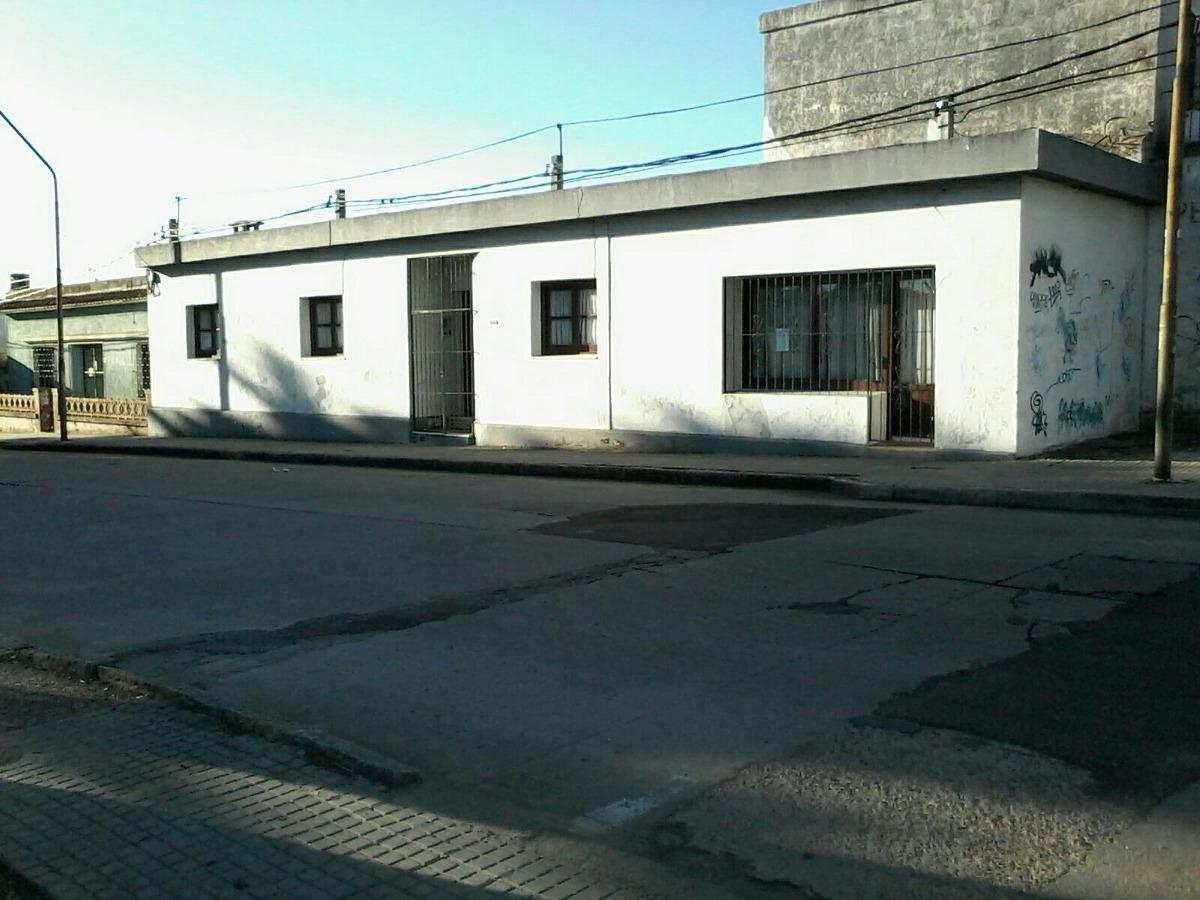 casa grande vende/ permuta = o más valor excelente ubicación