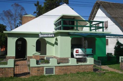 casa lago merín - 2 cuadras de la playa- calle 11 y 16