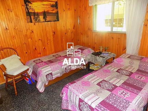 casa maldonado country 4 dormitorios 2 baños venta
