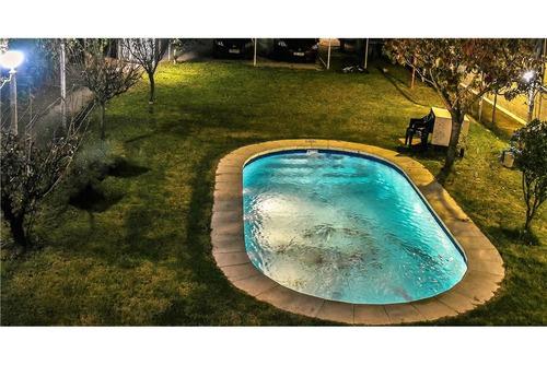 casa malvin  - 2 dorm. piscina. parrillero