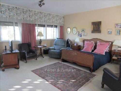 casa muy espaciosa, solida y buena calidad