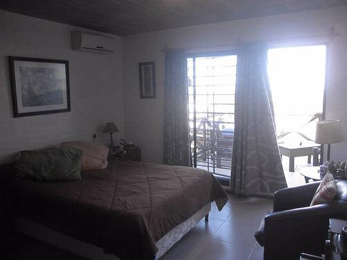 casa nueva de dos plantas a una y media del mar