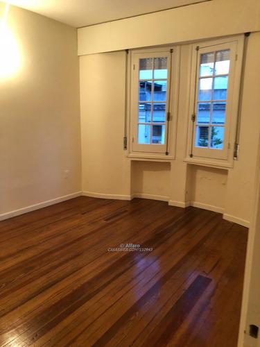 casa nueva para empresas con oficinas