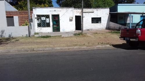 casa o local comercial a refaccionar  av. solari 1370
