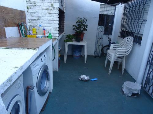 casa ph gemela de tres dorm baño, cocina, patio