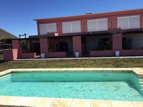 casa piriapolis alquilo casa  ,apartamento frente al mar,